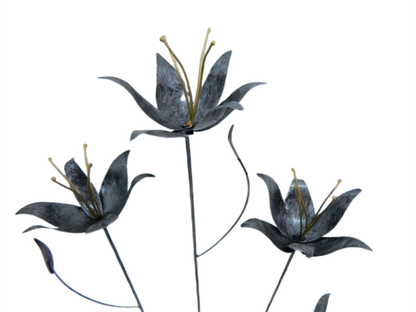 Metal lily on 1m Stick - Set of 3 - Silver